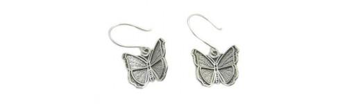 Earrings per piece